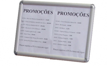 Painel / Expositor para Publicidade